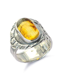 SPOON RING AMBER
