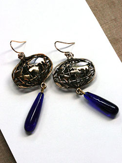 Unishpere Earrings / 地球ピアス