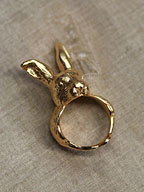 Giant Hare Ring / 野ウサギリング