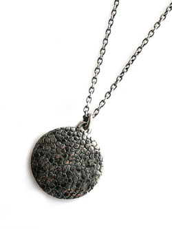 The blue moon Necklace