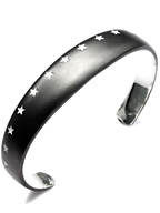 THIRTEEN STAR BANGLE (MATTE BLACK)